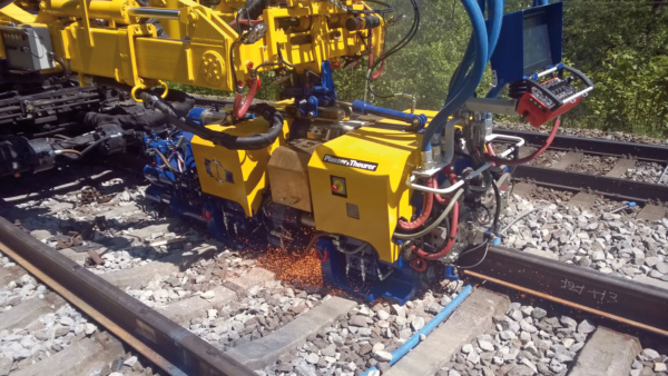 The welding machine of the Czech company Pirell working on an existing line