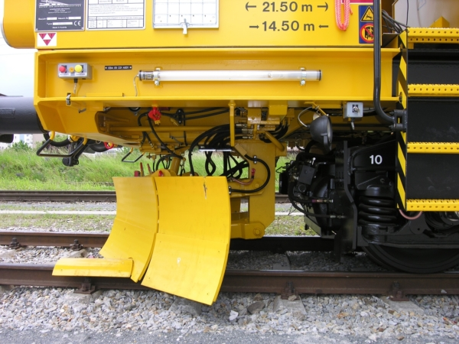 Front plough