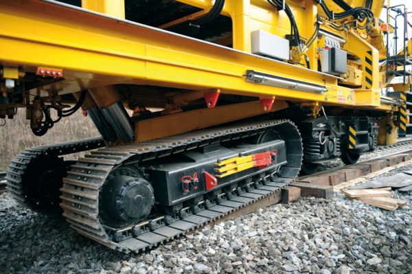 Change from rail chassis to crawler chassis